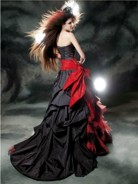 Gothic Red And Black Wedding Dress