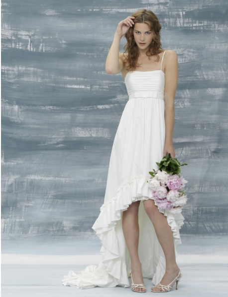 The pros and cons of buying cheap wedding dresses red Inexpensive beach wedding dresses